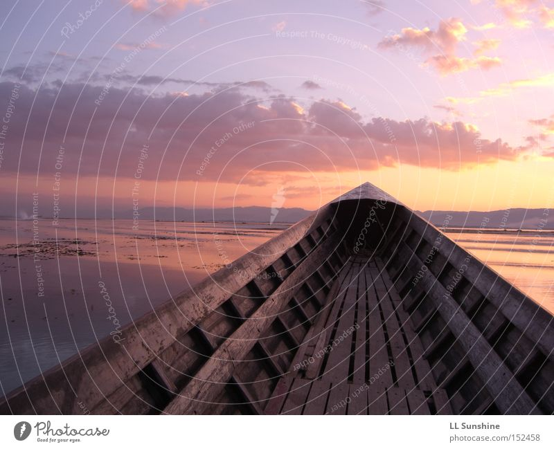 Inle Lake Wasser ruhig See Wasserfahrzeug groß Romantik Asien Sonnenuntergang Myanmar Inle See
