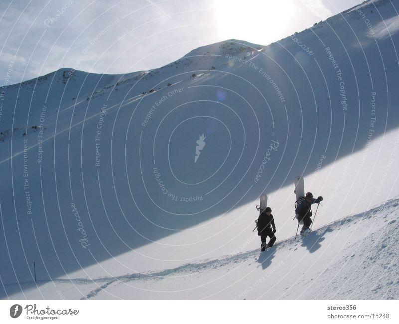 Sonne im Nacken Schnee Berge u. Gebirge Alpen Skitour Bergwanderung