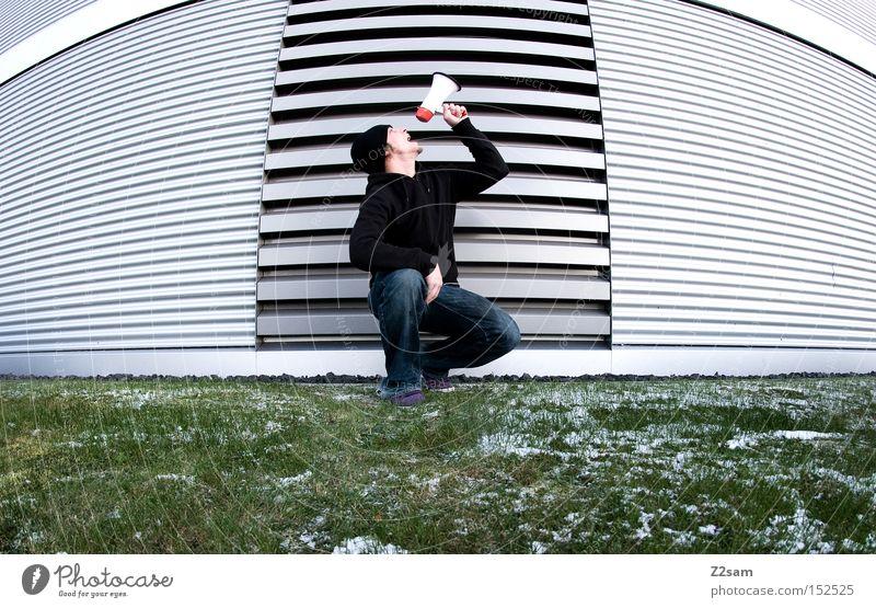 SCHREI NACH FREIHEIT! Mensch Mann grün Winter Wiese Freiheit Architektur Stil Metall modern Frost Kommunizieren schreien Futurismus Megaphon