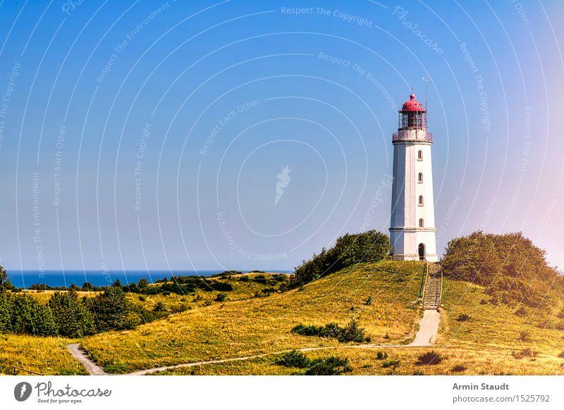 Leuchtturm Hiddensee Natur Ferien & Urlaub & Reisen Sommer Landschaft Ferne Architektur Wiese Wege & Pfade Küste Stimmung Deutschland Tourismus Aussicht Insel