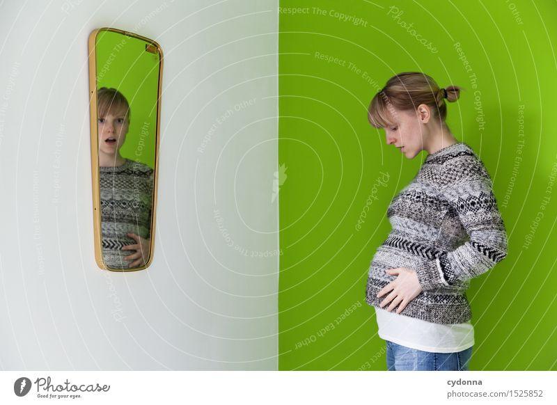 Da tut sich einiges 2 Gesundheit Spiegel Mensch Junge Frau Jugendliche Leben 18-30 Jahre Erwachsene Beginn Beratung Erwartung Farbe Gefühle Gesundheitswesen