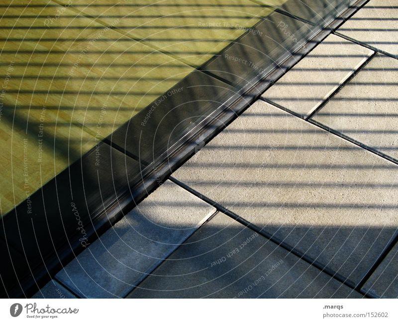 Moonlight Shadow dunkel Fenster Stein Gebäude Linie hell Architektur Glas Bodenbelag Streifen außergewöhnlich Schatten diagonal Geometrie eckig
