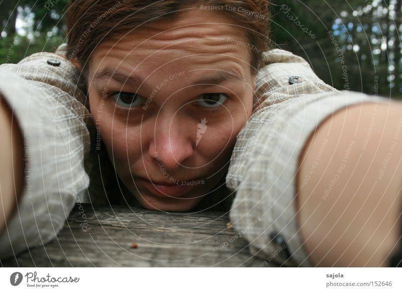 CL - self Mensch Frau Natur Erwachsene Gesicht Auge Mund Nase Langeweile Selbstportrait Augenbraue Porträt Stirnfalte