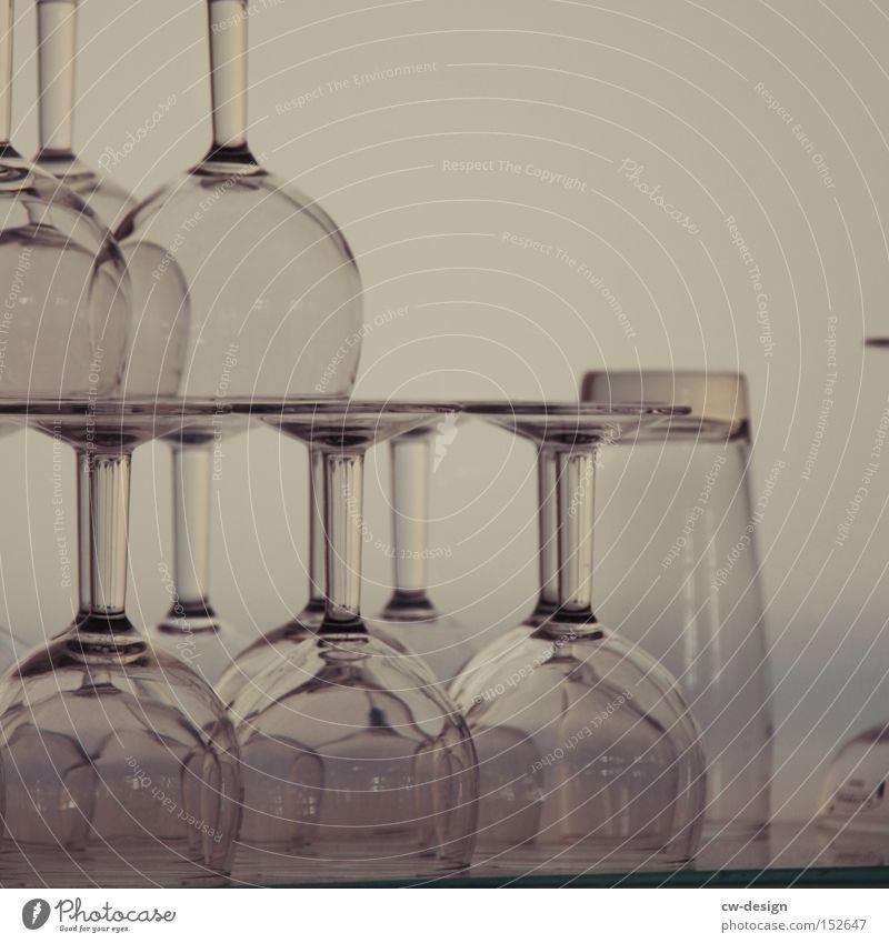 IST DOCH GLASKLAR! ft. LA CHAMANDU Glas Ernährung Küche Gastronomie Veranstaltung durchsichtig Bar Erfrischung Alkohol Kneipe Weinglas unbenutzt Trinkgefäß