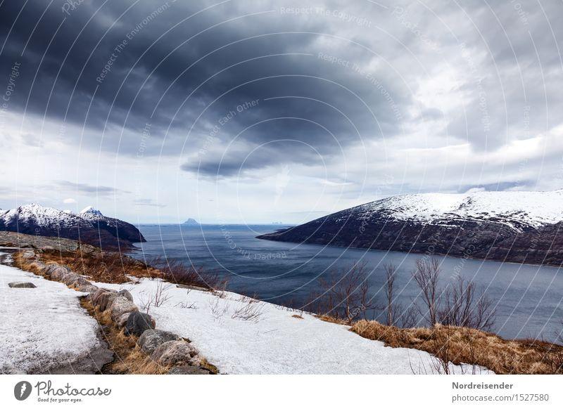 Finnmark Himmel Natur Wasser Meer Landschaft Einsamkeit Wolken Ferne Berge u. Gebirge Frühling Schnee Küste Freiheit Felsen Horizont Regen