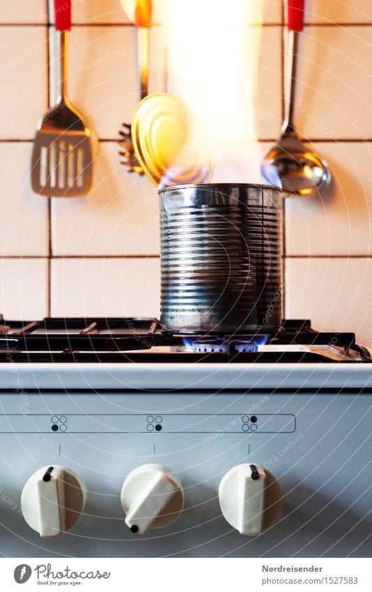 Experiment | Wie wärmt man Dosensuppe? Lebensmittel Suppe Eintopf Ernährung Mittagessen Fastfood Häusliches Leben Raum Küche Koch Herd & Backofen Kochlöffel