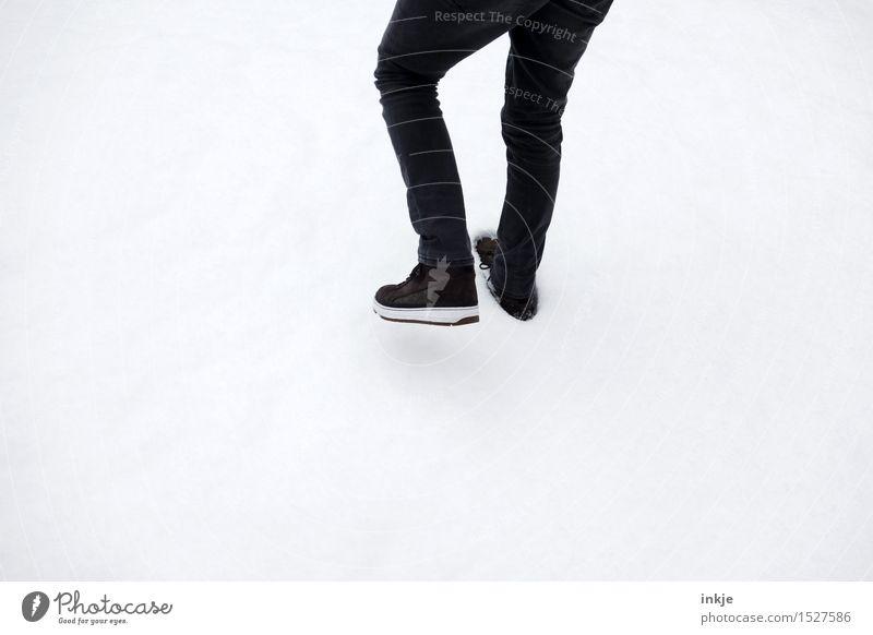 step Lifestyle Stil Freizeit & Hobby Junge Junger Mann Jugendliche Erwachsene Kindheit Leben Beine Fuß 1 Mensch 8-13 Jahre 13-18 Jahre 18-30 Jahre Winter Schnee