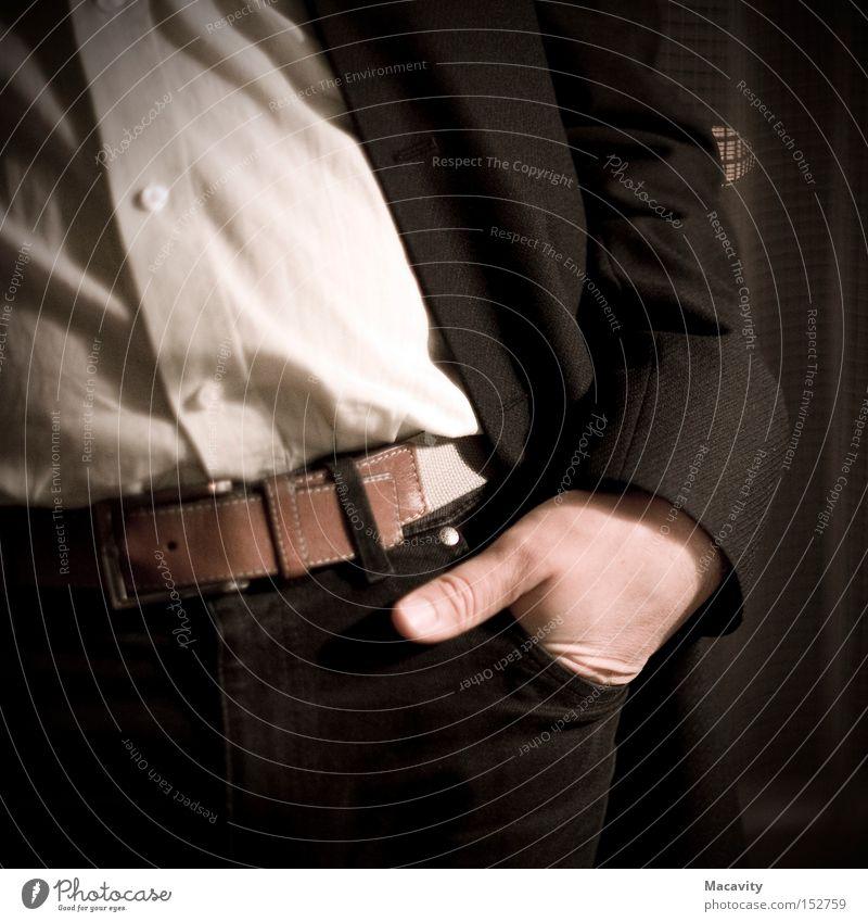 Erwartungshaltung Mann Hand Erwachsene Business elegant warten Erfolg stehen Macht Jeanshose geheimnisvoll Hemd Anzug Stress Management