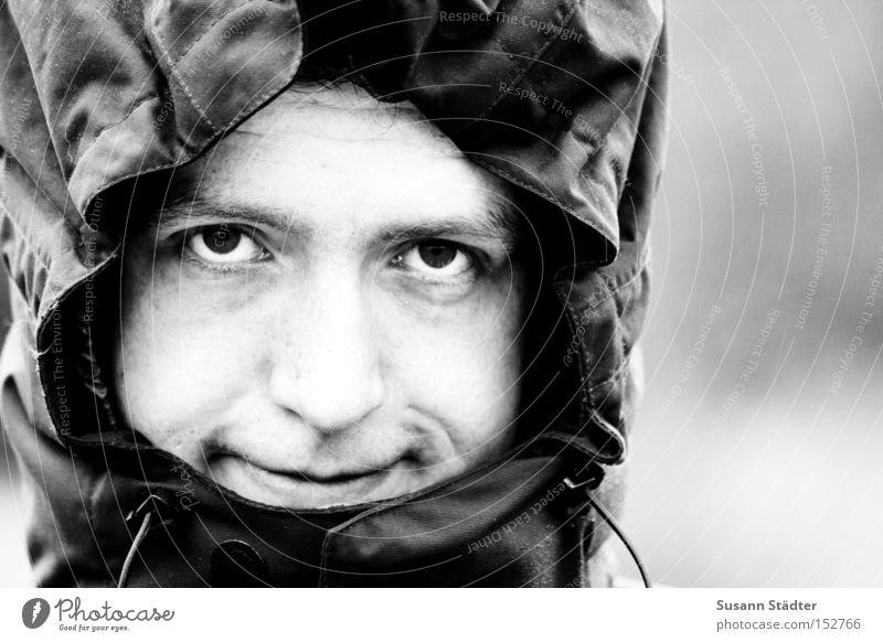 Schau mir in die Augen.... weiß schwarz kalt lachen Denken Mund Nase Vertrauen Mütze Partner frieren Treue