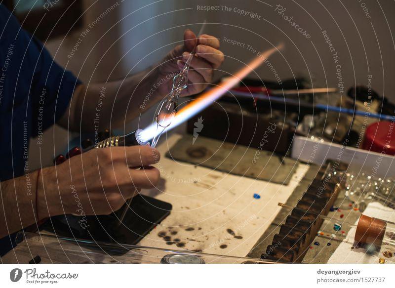 Manuelle Herstellung von Glas Mensch Hand Kunst Arbeit & Erwerbstätigkeit Kultur Handwerk machen Werkzeug Basteln Mitarbeiter Venedig Produktion selbstgemacht
