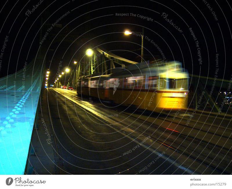 Budapest Metro Nacht Stadt Verkehr U-Bahn Eisenbahn Brücke Bewegung