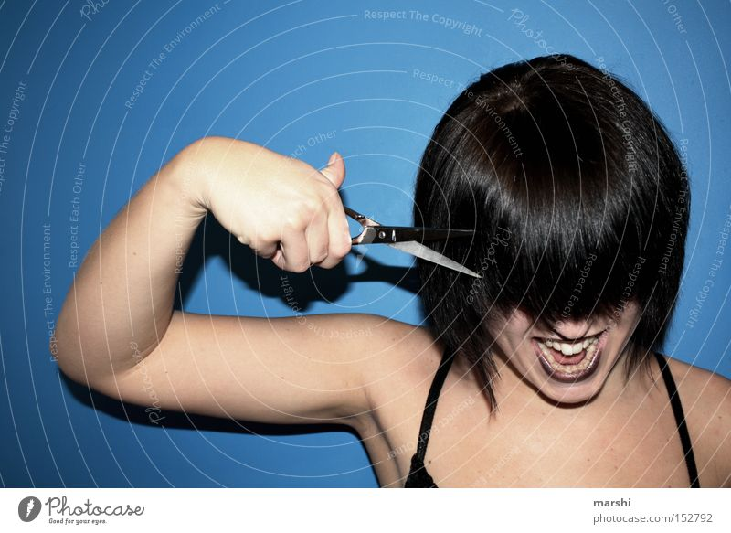 the devil let me cut my hair Frau blau Haare & Frisuren Stil Behaarung Handwerk Friseur Beruf trendy geschnitten Schere Haarschnitt Mensch