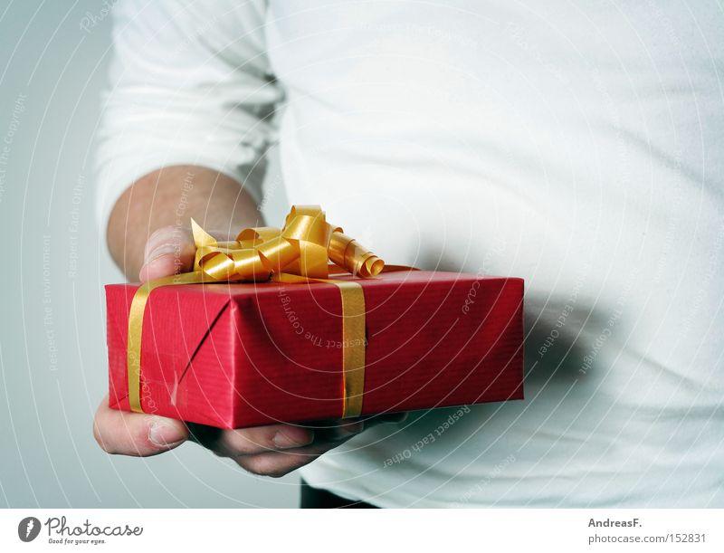 Überbleibsel Weihnachten & Advent Freude Geburtstag Geschenk Überraschung Schleife geben Valentinstag verpackt schenken Geschenkpapier Weihnachtsgeschenk
