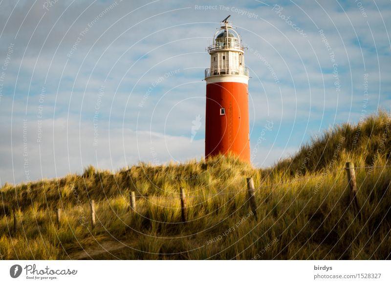 Leuchtturm Ferien & Urlaub & Reisen Sommerurlaub Landschaft Himmel Wolken Küste Strand Nordsee Stranddüne Dünengras Sehenswürdigkeit leuchten ästhetisch
