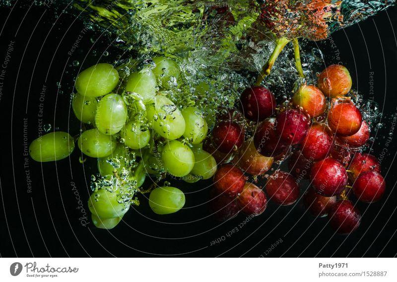 Trauben Lebensmittel Frucht Weintrauben Bioprodukte Vegetarische Ernährung Diät Trinkwasser Gesunde Ernährung frisch Gesundheit lecker nass natürlich grün rot