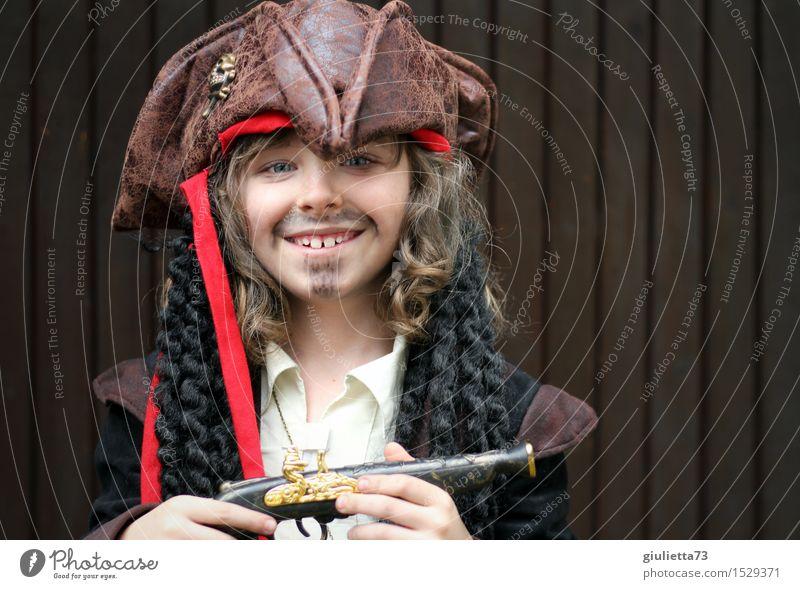 Captain Jack Sparrow Junior Spielen Kinderspiel verkleiden verkleidet Karnevalskostüm Junge Kindheit 1 Mensch 3-8 Jahre 8-13 Jahre Schauspieler Lächeln lachen