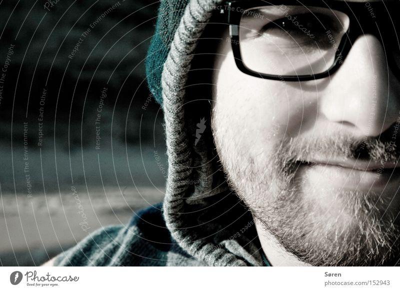 Guck ma! Mann Nase Porträt Brille Bart Mütze Dreitagebart