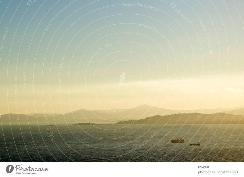 seereisen Meer Ferien & Urlaub & Reisen Ferne See Wasserfahrzeug Schifffahrt maritim Öltanker Containerschiff Hochsee