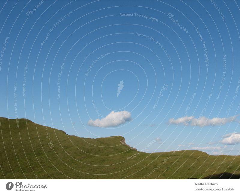 Knapp unter den Wolken Himmel weiß grün blau Ferien & Urlaub & Reisen Wiese Berge u. Gebirge Landschaft frei Alpen Schönes Wetter Bergsteigen