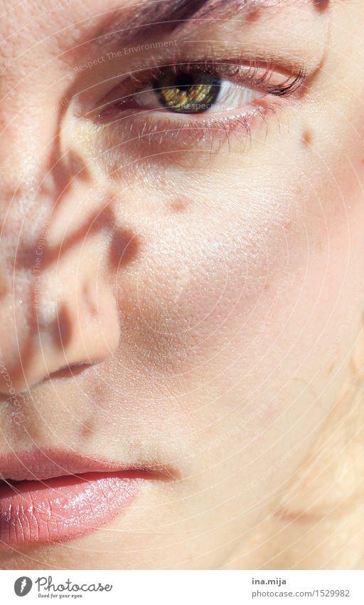 wild Mensch Frau Jugendliche schön grün Junge Frau Erholung 18-30 Jahre Gesicht Erwachsene Auge feminin Religion & Glaube träumen Kraft
