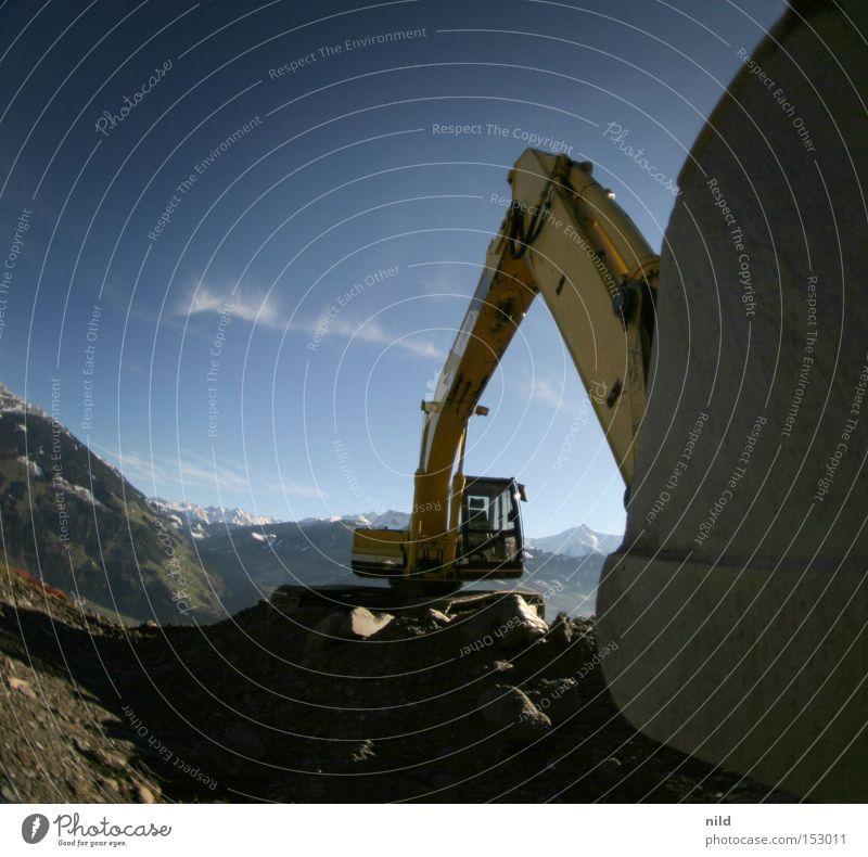 berg_bau_stelle Bagger Baustelle Bundesland Tirol Berge u. Gebirge Gipfel Umwelt Umweltverschmutzung Gesellschaft (Soziologie) Schaufel Weitwinkel Fischauge