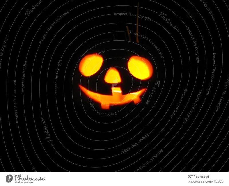 Halloween Freude Gesicht Einsamkeit dunkel Herbst orange Angst Nase Kerze Gebiss Karneval Handwerk Jahreszeiten verloren Kürbis