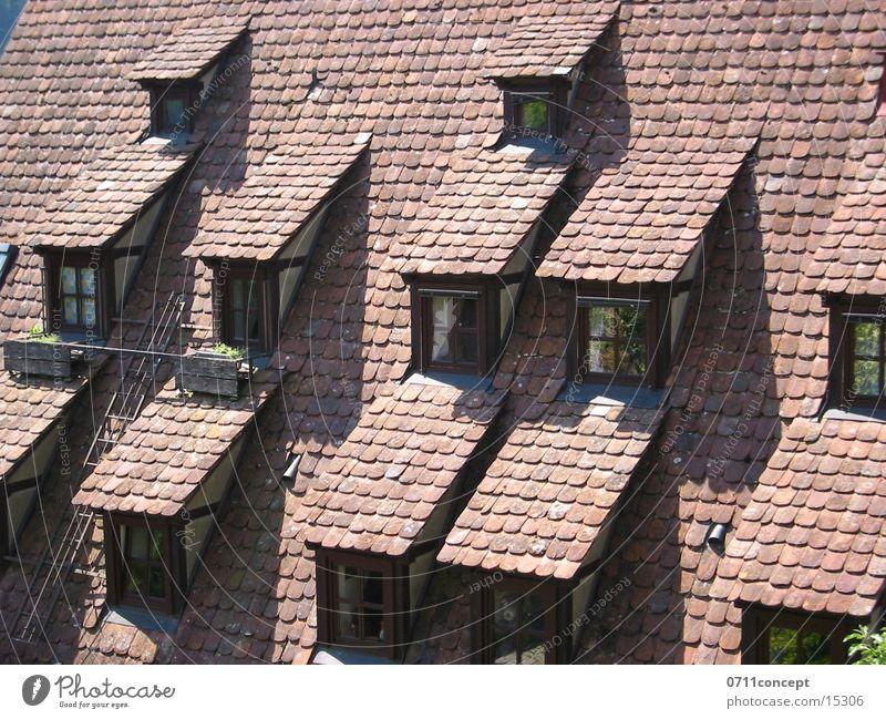 outlook Fenster Dach historisch Fachwerkfassade Backstein Stuttgart Architektur dachboder