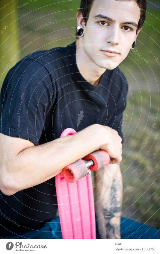 Jugendliche rosa Skateboarding Stilrichtung Altbier Funsport Lebensmittel