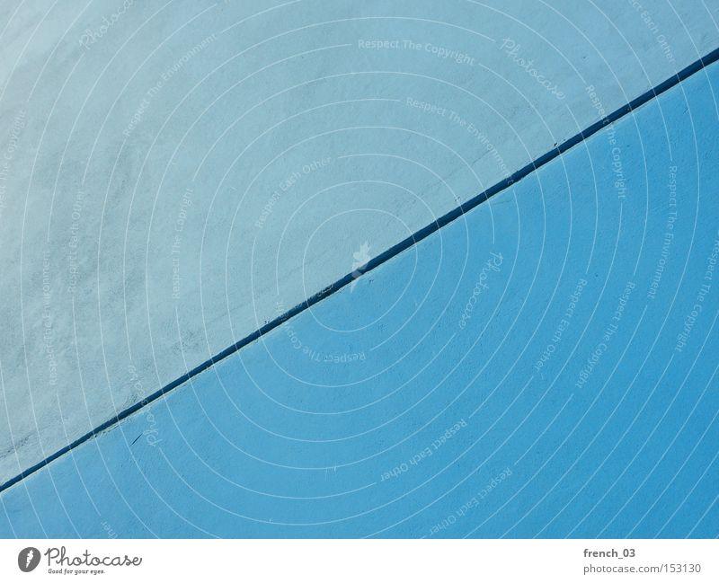 Blau-Blau blau Farbe kalt Wand Linie Architektur Deutschland Beton leer modern Baustelle Langeweile diagonal Trennung sehr wenige
