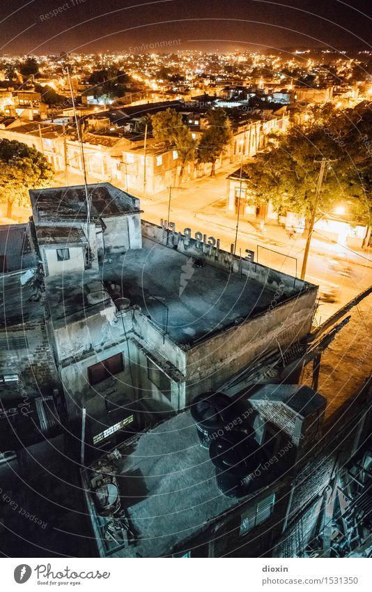 Santiago de Cuba Ferien & Urlaub & Reisen Stadt Haus Ferne Straße Tourismus authentisch Dach Straßenbeleuchtung Fernweh Stadtzentrum Städtereise Kuba Hafenstadt