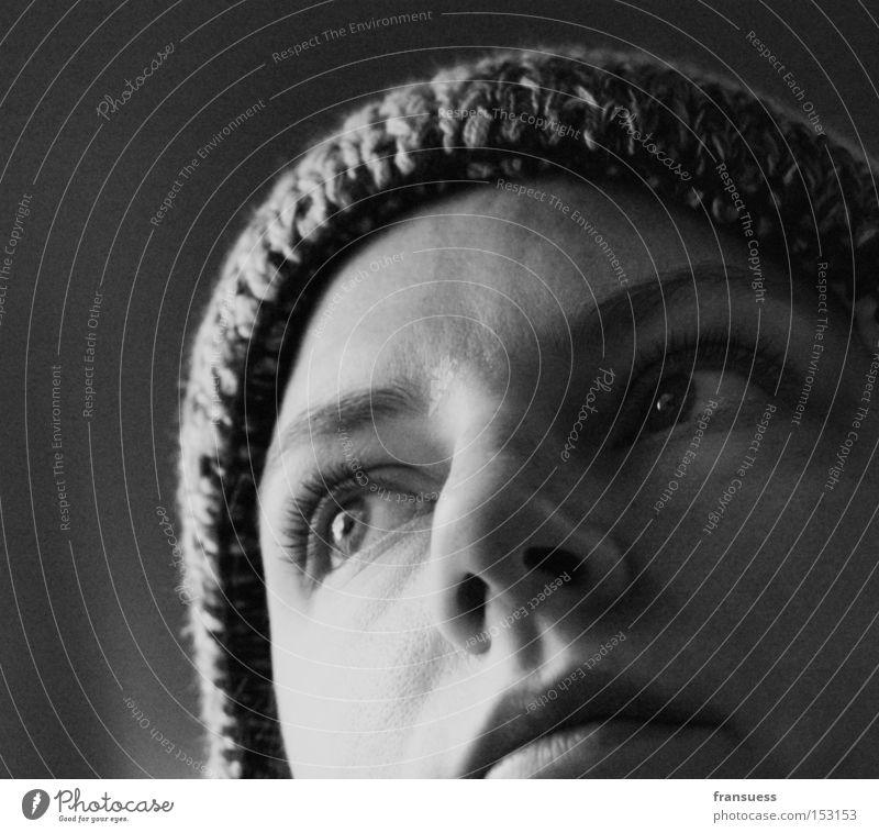 alles wird anders Frau Porträt Gesicht Schwarzweißfoto Kopf beobachten Denken Zukunft Blick nachdenken