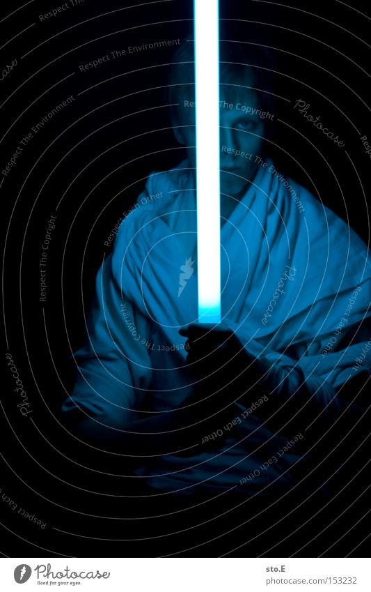 padawan Mensch blau schwarz dunkel Macht Filmindustrie Schwert Theaterschauspiel Kino Umhang Meister Kämpfer Medien Duell Science Fiction Laserschwert