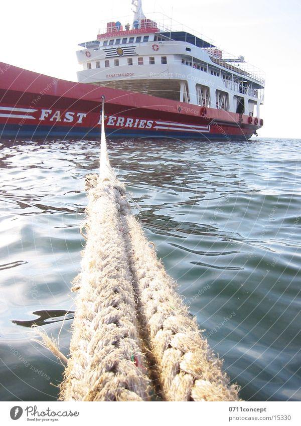 Dampfer Wasserfahrzeug Dampfschiff ankern Halt befestigen Fähre Meer Schifffahrt Seil Überfahrt Ferien & Urlaub & Reisen