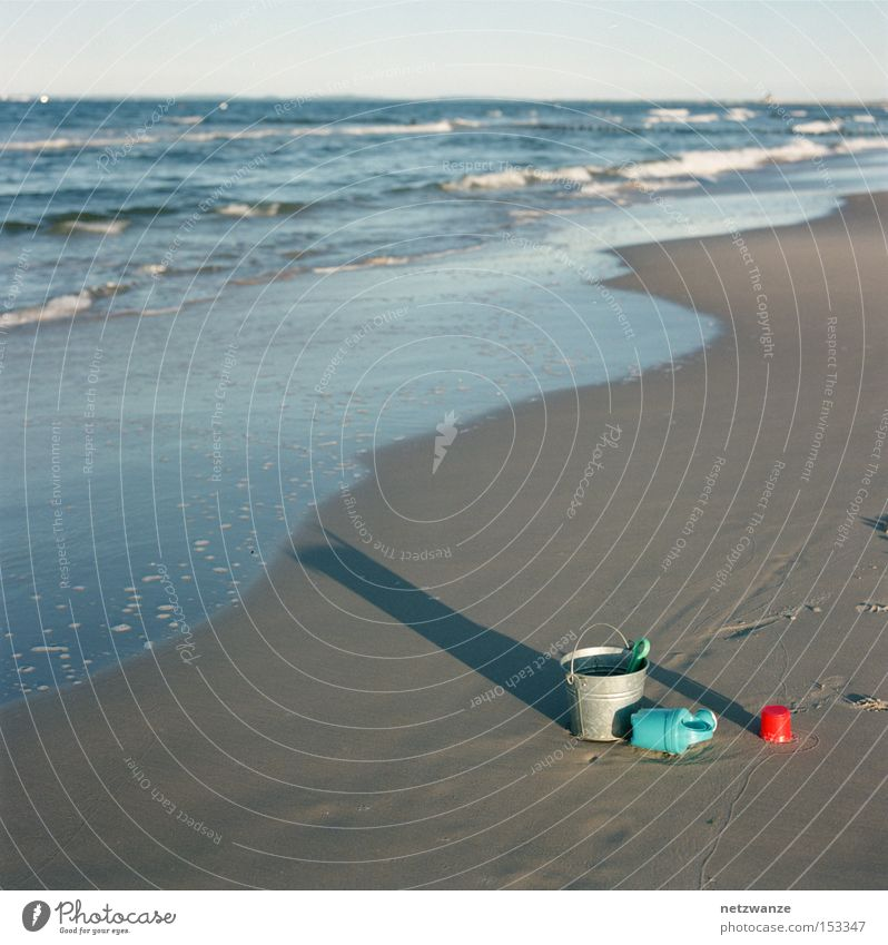 Feierabend Meer Strand Ferien & Urlaub & Reisen Einsamkeit Spielzeug Becher Eimer Gießkanne