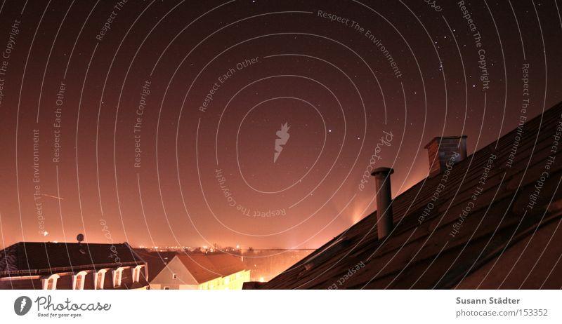Carlsons Blick vom Dach :) Himmel Haus Fenster Lampe Stern Dach Bild Schornstein Sternenhimmel Mitternacht Astrologie Mittweida Tierkreiszeichen Landkreis Mittweida