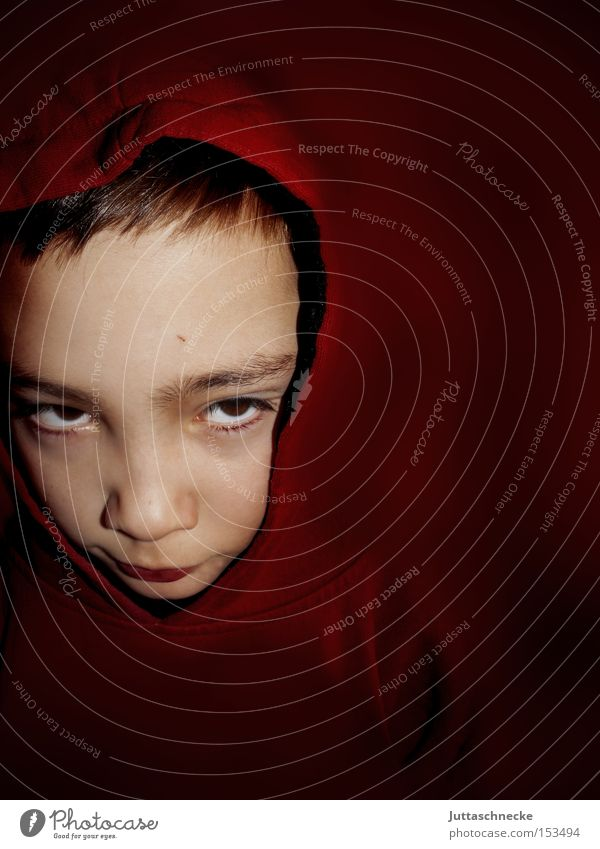 Rotkäpperich Kind rot Farbe Junge Kommunizieren Kindheit Kapuze
