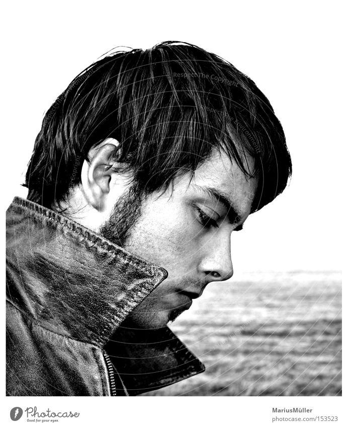 Jürgen Haare & Frisuren Gesicht maskulin Junger Mann Jugendliche Erwachsene 18-30 Jahre Wiese Denken träumen Traurigkeit Trauer Verzweiflung Lederjacke