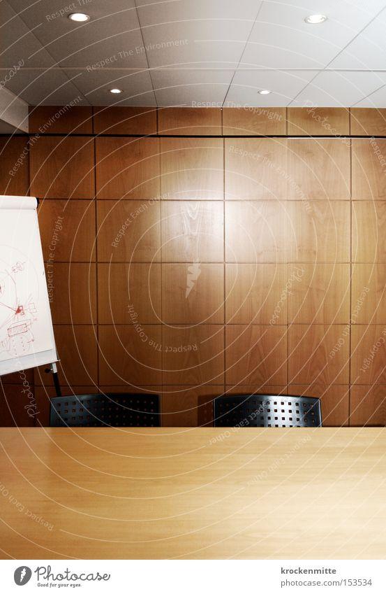 Wirtschaftsraum Besprechungsraum Holz Stuhl Tisch Wand Arbeit & Erwerbstätigkeit Agentur Bürogebäude Sitzung Kapitalwirtschaft Geldgeber finanziell Kredit