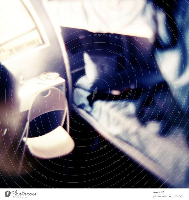 Rausch Rauschmittel Unschärfe Kopfschmerzen Nebel verkatert Illusion gefährlich Alkohol Alkoholisiert