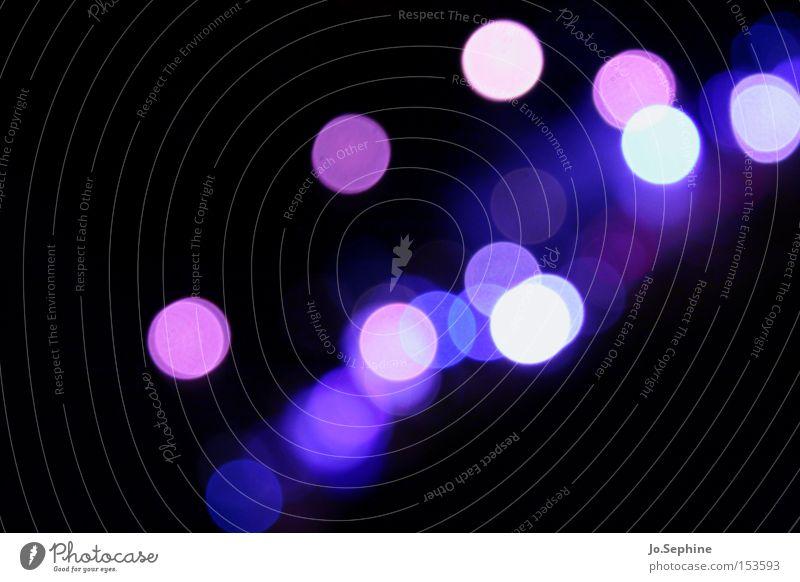 Sehschwäche in violett blau weiß Farbe rosa glänzend mehrere viele rund Symbole & Metaphern Punkt violett Phantasie Lichtspiel Nachtleben Lichtpunkt Lichtschein