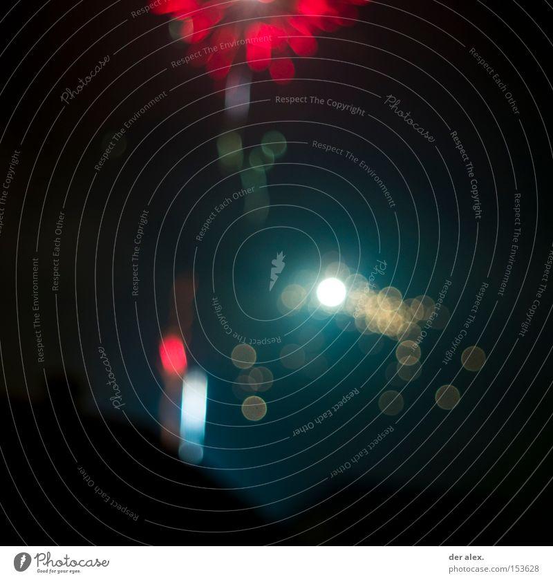 bokeh schön rot dunkel rund Silvester u. Neujahr Feuerwerk Unschärfe