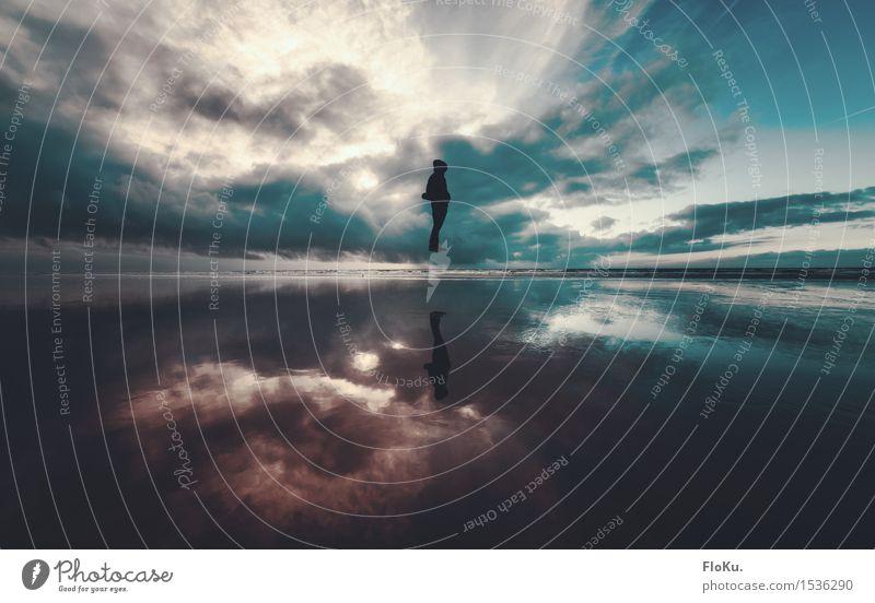 Schwebend Mensch feminin Junge Frau Jugendliche 1 18-30 Jahre Erwachsene Umwelt Natur Landschaft Urelemente Erde Luft Wasser Himmel Wolken Horizont