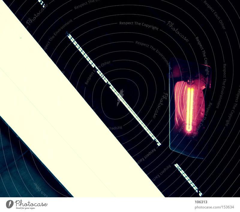 Fotonummer 106780 weiß rot schwarz dunkel hell Beleuchtung Lampe Industrie Grafik u. Illustration graphisch