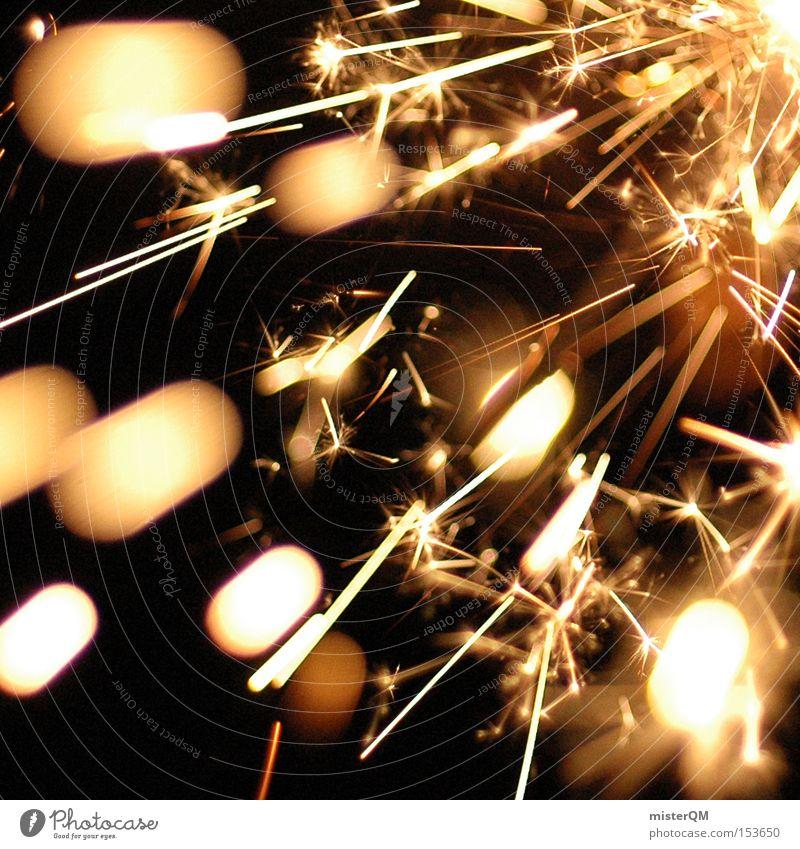 Silvesterparty - Feuerzauber. Silvester u. Neujahr Feste & Feiern Brand Funken brennen heiß schön klein mehrere chaotisch Wunderkerze Zauberei u. Magie