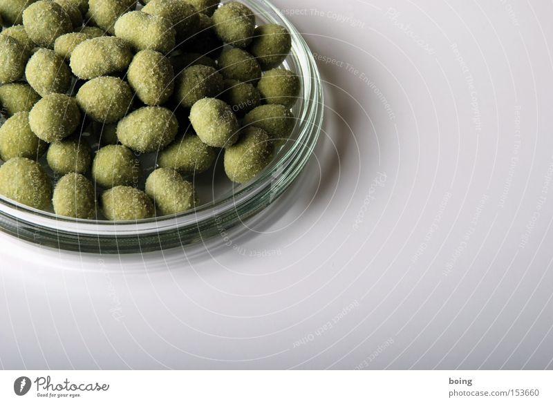mit fettigen Fingern Kraniche falten Scharfer Geschmack lecker Süßwaren Japan Backwaren Schalen & Schüsseln Hülle Nuss Snack Mahlzeit Lebensmittel Erbsen