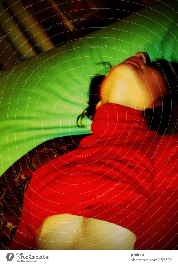 Epizentrum Frau schön Mädchen Freude Farbe Erotik Sex Zufriedenheit wild Brust Lust Kissen Akt Kinn Porträt Höhepunkt