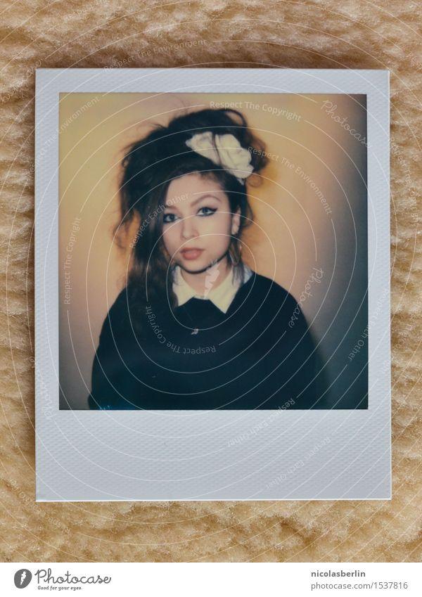 MP130 - The Polaroid Session (1) Mensch Jugendliche Junge Frau schön Erotik 18-30 Jahre Erwachsene feminin Stil außergewöhnlich Haare & Frisuren Party wild
