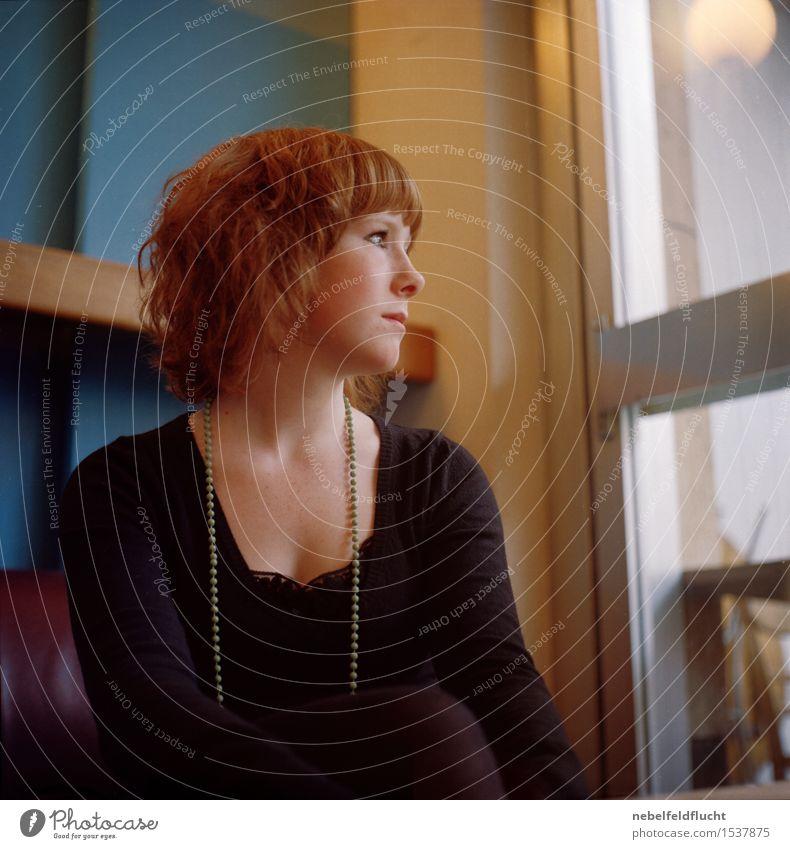 junger rotschopf Mensch Jugendliche schön Junge Frau 18-30 Jahre Gesicht Erwachsene Gefühle feminin Lifestyle Haare & Frisuren Mode Kopf Stimmung elegant Körper