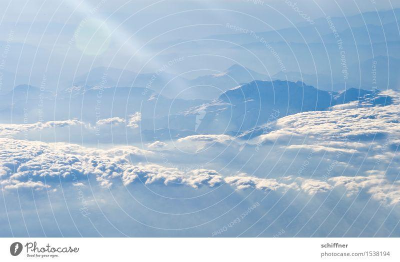 Von oben so friedlich II Umwelt Natur Landschaft Himmel Wolken Sonnenlicht Winter Schönes Wetter Eis Frost Schnee Felsen Berge u. Gebirge Gipfel