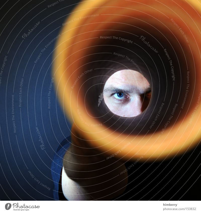 tunnelblick Mensch Mann Jugendliche blau Erwachsene Gesicht Auge gelb Leben Stil Junger Mann 18-30 Jahre maskulin Design Perspektive Lifestyle